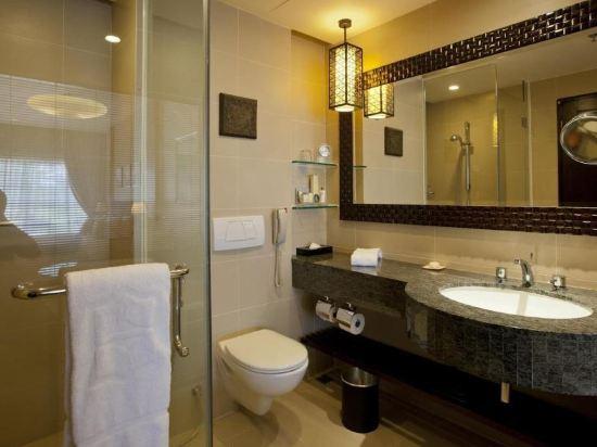 哥打京那巴魯香格里拉丹絨亞路酒店(Shangri-La's Tanjung Aru Resort & Spa Kota Kinabalu)京那巴魯海景俱樂部房
