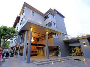 清邁塔佩洛弗特酒店(Thapae Loft Hotel ChiangMai)