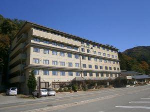 露櫻酒店 河口湖店(Hotel Route-Inn Kawaguchiko)