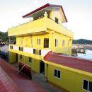 路易斯灣旅行者山林小屋(Luis Bay Travellers Lodge)