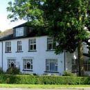 克羅弗特草地招待所(Meadowcroft Guest House)