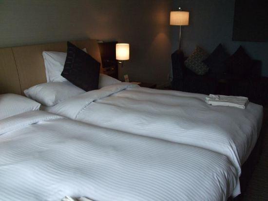 大阪麗嘉皇家酒店(Rihga Royal Hotel)自然舒適樓層-豪華雙床房