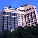 新加坡四季酒店(Four Seasons Hotel Singapore)