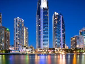 黃金海岸芒特拉圈卡維爾酒店(Mantra Circle on Cavill Gold Coast)