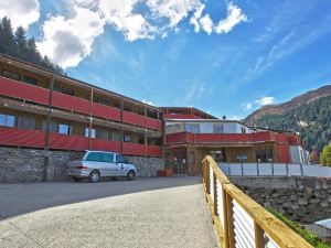 里維斯旅館(Reavers Lodge)