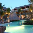 麥蘇梅海灘温泉度假酒店