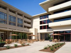 愛默瑞會議中心酒店(Emory Conference Center Hotel)