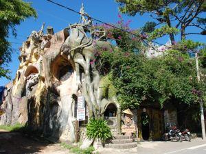 大叻瘋屋子酒店(Crazy House Hotel Dalat)