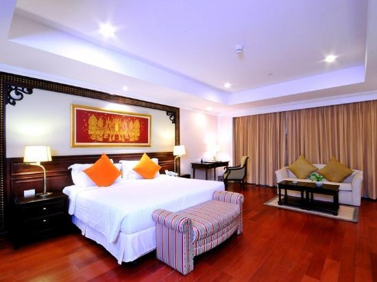 是隆中央酒店(Centre Point Silom)河景家庭房