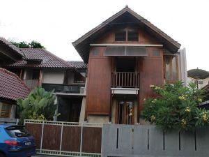 泰戈旁古賓館(Tegal Panggung Guest House)