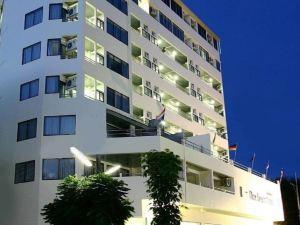 羅勇奈斯海灘酒店(Nice Beach Hotel Rayong)