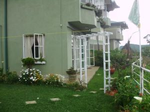 朦朧風景山寨民宿(Misty View Cottage Home Stay Experience)