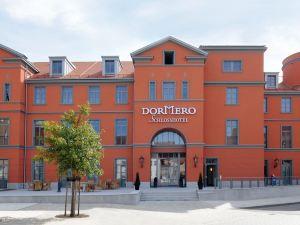 多美羅賴興施萬德酒店(Dormero Schlosshotel Reichenschwand)