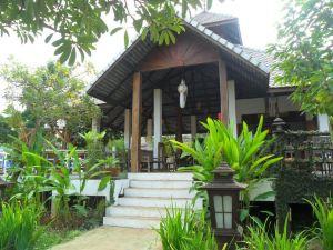 拜縣河畔別墅酒店(Pai River Villa)