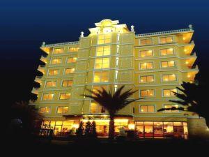 芭堤雅四季廣場酒店(Four Seasons Place Pattaya)