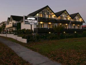 陶浦樂木屋瑞士汽車旅館(Le Chalet Suisse Motel Taupo)