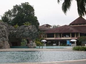 傳奇珍拉丁灣度假酒店(The Legend Cherating Beach Resort)