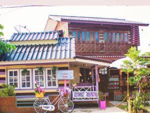 安葩洼班宗博民宿(Baan Chompoo Homestay Amphawa)
