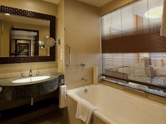 哥打京那巴魯香格里拉丹絨亞路酒店(Shangri-La's Tanjung Aru Resort & Spa Kota Kinabalu)京那巴魯行政套房