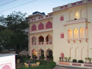 H R 宮酒店(Hotel H R Palace)