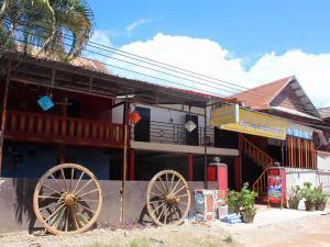 萬榮背包客青年旅館(Vang Vieng Backpacker Hostel)