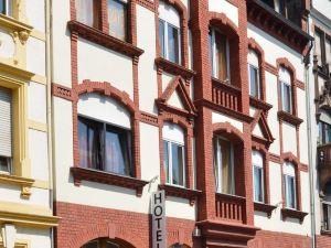 尊姆哈芬酒店(Hotel Zum Hafen)
