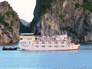 下龍灣帕洛瑪船屋(Halong Paloma Cruise)