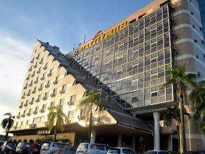 新山蘇利亞城市酒店(Suria City Hotel)