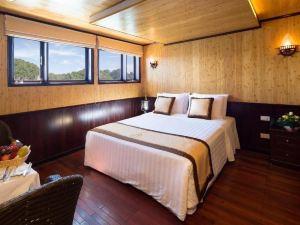 美人魚號郵輪酒店(Syrena Cruises Ha Long)