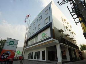 三寶攏索伊塔極樂酒店(Hotel Bliss Soetta Semarang)