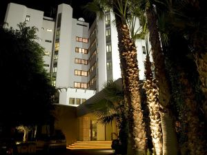 隆達酒店(Londa)
