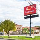 伊克諾套房旅館嘉年華公園酒店(Econo Lodge Inn & Suites Fiesta Park)