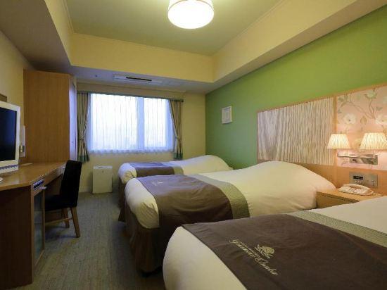 大阪蒙特利格拉斯米爾酒店(Hotel Monterey Grasmere Osaka)城景三人房