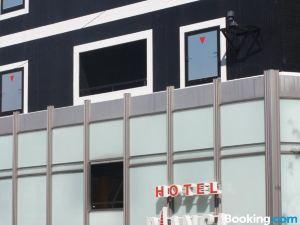 比安卡迪尤情趣酒店(僅限成人入住)(Hotel Bianca Due (Adult Only))