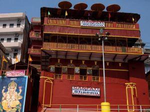 甘帕蒂酒店(Ganpati Guest House)