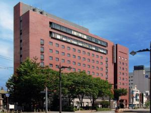 富山曼藤酒店(Toyama Manten Hotel)