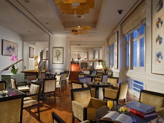 新加坡富麗敦酒店(The Fullerton Hotel Singapore)院景俱樂部房