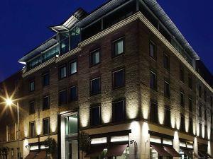 莫里森都柏林 - 希爾頓逸林酒店(The Morrison Dublin - a DoubleTree by Hilton Hotel)