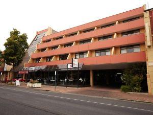 阿德萊德美居公寓酒店(Adelaide Meridien Hotel & Apartments)