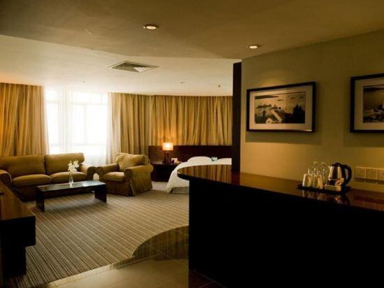 哥打京那巴魯六十三酒店(Hotel Sixty3 Kota Kinabalu)豪華行政房