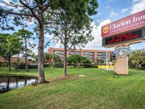 布埃納文圖拉湖克拉麗奧酒店 - 羅森酒店集團(Clarion Inn Lake Buena Vista, a Rosen Hotel)