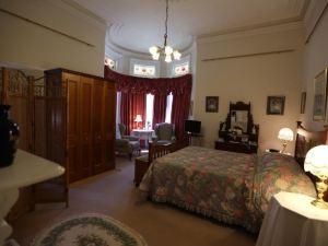 朗塞斯頓基爾馬諾克之屋愛德華住宿酒店(Kilmarnock House Edwardian Accommodation Launceston)