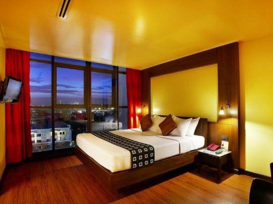 曼谷查達酒店(Bangkok Cha-Da Hotel)精致套房