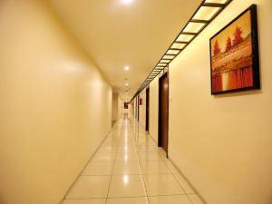 LB納加爾西塔拉格蘭德酒店(Hotel Sitara Grand LB Nagar)
