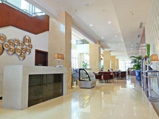 Mandarin plaza hotel cebu 50 off booking ctrip - Mandarin hotel cebu swimming pool ...
