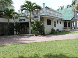 波海灘度假村(The Wave Beach Resort)