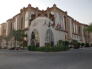 馬達雷姆皇冠酒店(Madareem Crown Hotel)