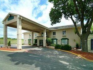 品質套房酒店(Quality Inn & Suites)