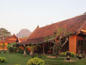 萬榮湖濱別墅(Villa Vang Vieng Riverside)