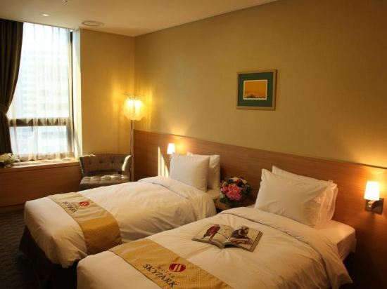 首爾天空花園酒店明洞中心店(Hotel Skypark Central Myeongdong Seoul)標準房(雙床)3